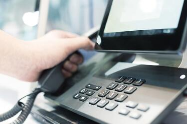 the-best-phone-system-features-for-businesses-in-2017